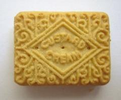 Custard_cream_biscuit