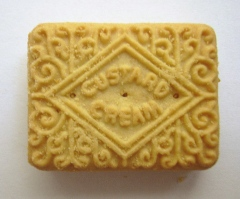 Custard_cream_biscuit